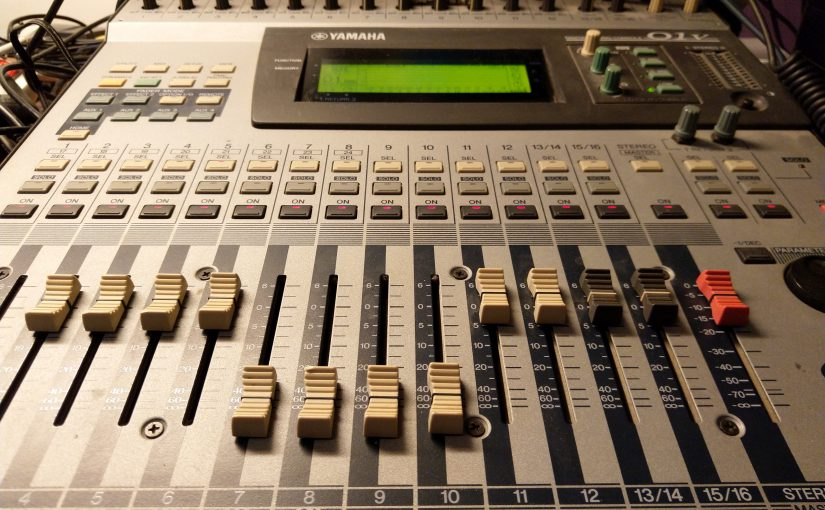 do you need a digital mixer in your home studio making music blog. Black Bedroom Furniture Sets. Home Design Ideas