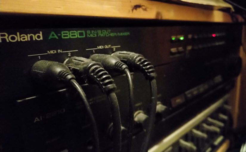 Silently hiding under the mixing desk: Roland A-880
